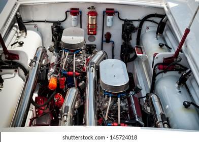 High performance boat engine