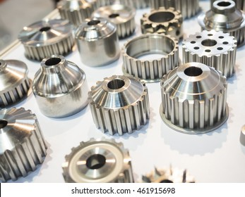 high precision aluminium automotive part manufacturing by casting and machining