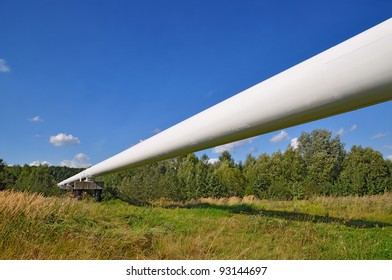 The high pressure pipeline