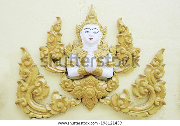 high relief golden sculpture art tradition thailand style