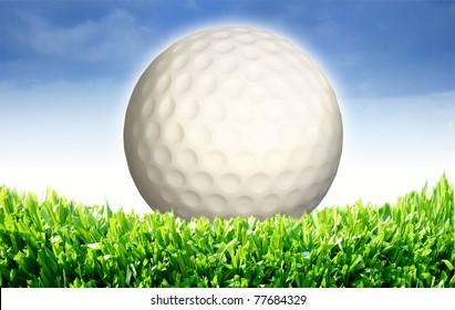 High resolution 3d white golf ball in green grass on a blue sky