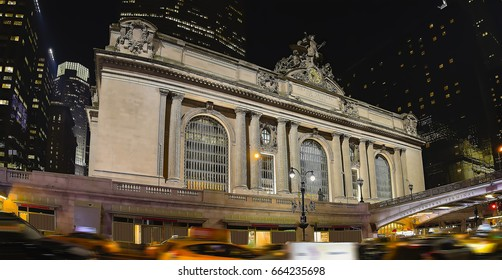 High resolution panorama of Grand Central Terminal at night