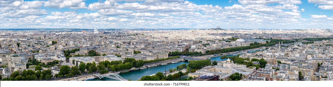 High resolution panoramic view of central Paris and the river Seine