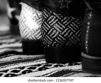 High-fashion men's boot heels