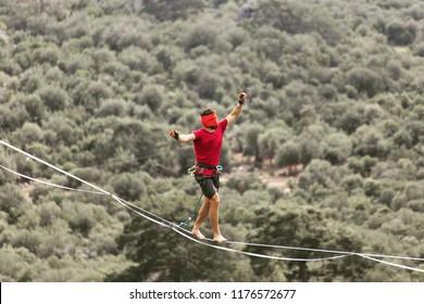 highlining extreme sport