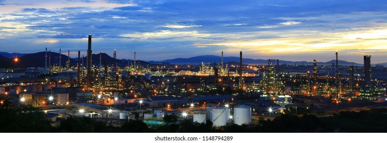 a highly complex refinery utilizing modern and efficient processing technologies to produce petroleum products primarily for domestic distribution.