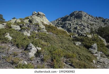 Hochgebirgige Skulpturen im Guadarrama Mountains Nationalpark, Provinz Madrid, Spanien