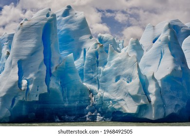 high-resolution photo of nature, formation, ice, glacier, arctic, iceberg, badlands, patagonia, terrain, arctic ocean, geographical feature, glacial terrain, ice cap