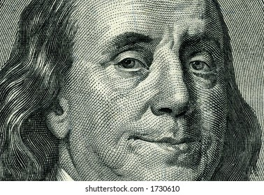 high-resolution shoot of of hundred dollar bill