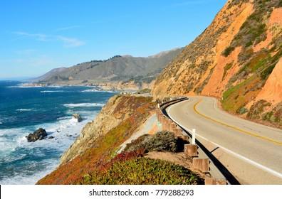 Highway 1 entlang der Pazifikküste in Big Sur State Parks in Kalifornien.