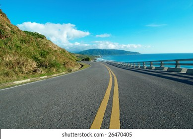 Highway close to the beautiful seaside
