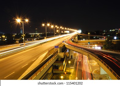 Highway lights in long exposure