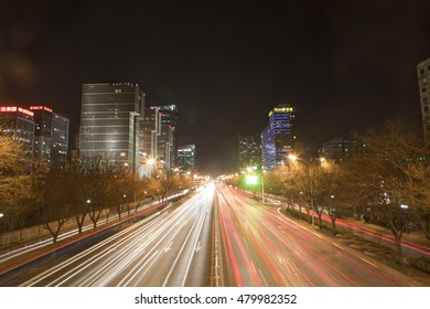 Highway night scene, traffic flow