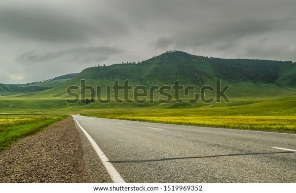 highway-road-khakassia-green-grass-600w-