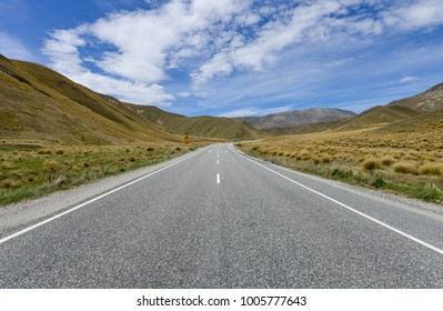 Highway road in Lindis pass New Zealand