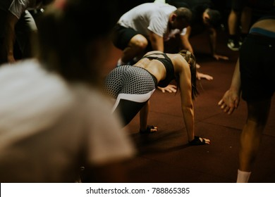 hiit interval training. High intensity interval training group indoors