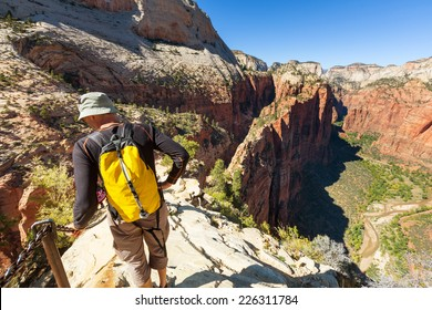 Hike in Zion national park