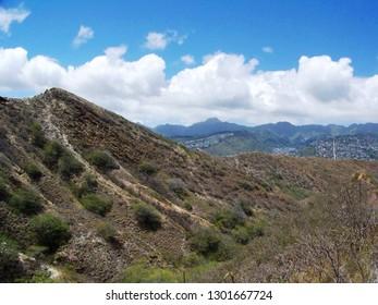 Hiking Diamondhead slope