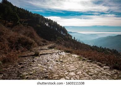Hiking on the Roman road of Gredos