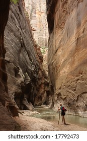 hiking in red canyon