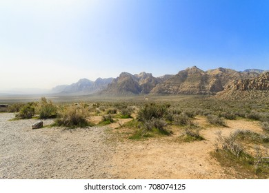 Hiking in Red Rock Canyon near Las Vegas, Nevada