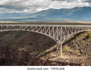 Hiking Taos Gorge, Taos New Mexico