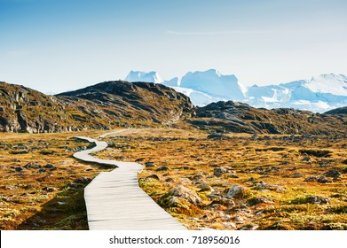 Hiking trail to the icefjord in Ilulissat, western Greenland