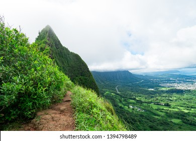 Hiking trail in Maui, Hawaii with amazing view