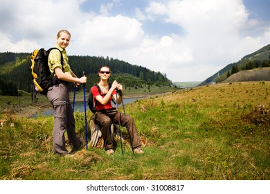 hiking women in front of wilde nature