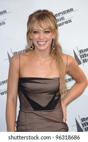 HILARY DUFF at the 2005 American Music Awards in Los Angeles. November 22, 2005  Los Angeles, CA  2005 Paul Smith / Featureflash