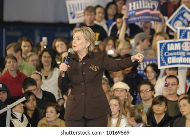 Hillary Clinton Rally for Presidential Campaign