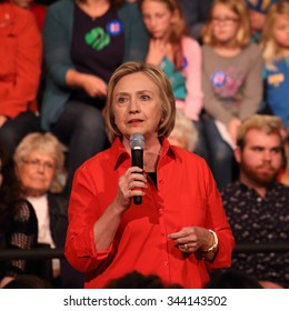 Hillary Clinton speaking at Grinnell College, Grinnell, Iowa, November 3, 2015