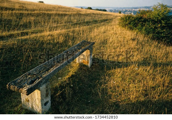 hillside-beauty-spot-ancient-wooden-600w