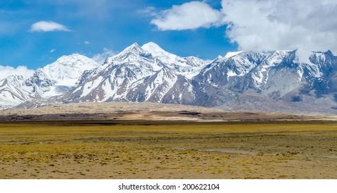 Himalaya mountain landscape. The Tibetan Plateau