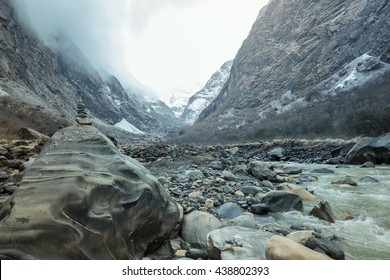 Himalayan gorge with stones balance