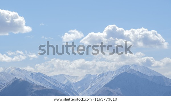 Himalayas Longest Mountain Word Recommended Early Stock