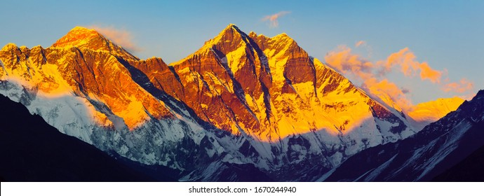 Himalayas at sunset: Nuptse peaks, Everest, Lhotse (Solukhumbu District, Sagarmatha National Park, Nepal)