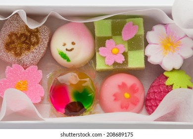 "Hinamatsuri (Girls' Day) seasonal ""wagashi"" Japanese sweets in a box"