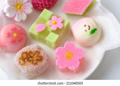 "Hinamatsuri (Girls' Day) seasonal ""wagashi"" Japanese sweets"