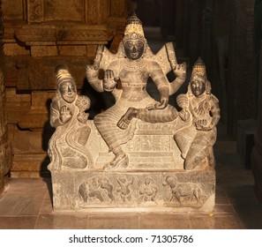 Hindu god Shiva statue. Sri Menakshi Temple, Madurai, Tamil Nadu, India