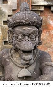 Hindu statue, Tirta Empul temple, Pura Tirta Empul, Hindu Balinese water temple, Tampaksiring, Bali, Indonesia