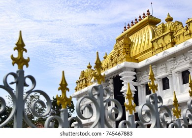 Hindu temple with bright golden roof. Sri Ramayana Darshanam & BharatMata Sadanam, Kanyakumari, India