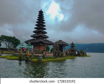 Hindu temple and lake at Bali