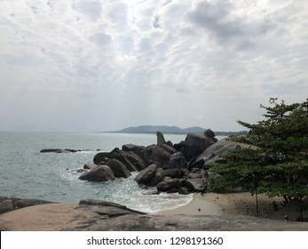 Hinta-Hinyai at Samui, Thailand. Hin means stone in Thai. Ta means gradfather while Yai means mother. Therefore Hinta-Hinyai means grandfather stone and grandmother stone