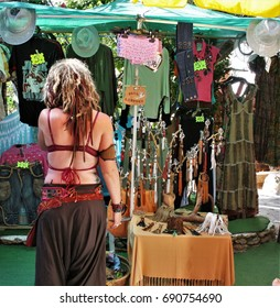 hippy girl in market, Ibiza, peace, calm, serenity, harmony, fullness, well-being, nature, natural, contemplate, meditate, breathe, grow, happiness, tranquility, fulfillment, integration,