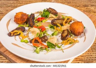 Hipster Cafe Bistro Menu: Fried Salad