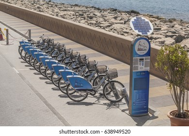 HIRE CYCLES,DUBAI, UAE-16TH AUG 2015:-Dubai a nation famed for Oil also embraces Green culture with bikes for hire on the palms