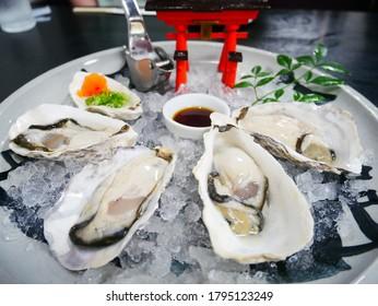 広島の有名な生カキはとても美味しい