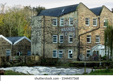 Hirst Mill on the banks of the River Aire, was built on the site of a 17th century mill and was mainly used as a corn and paper mill, and in recent years has been converted into residential apartments