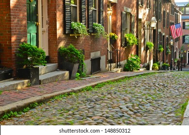 Historic Acorn Street in Beacon Hill is one of the most picturesque street in the United States